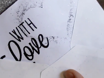 DIY Chique glitter enveloppe liners.