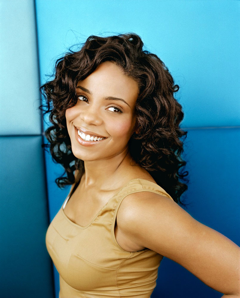 Hairstyle Pictures: Sanaa Lathan Medium Length Black Curly Hairstyles