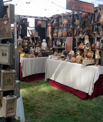 Sassafras hill primitives blog craft show season for Country christmas craft show