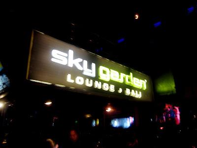 Kuta Nightlife : Sky Garden 61 Legian