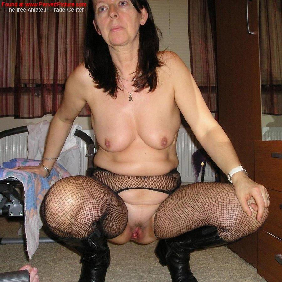 Heidi pantyhose pics