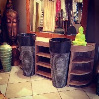serial shoppeuses reunion. Black Bedroom Furniture Sets. Home Design Ideas