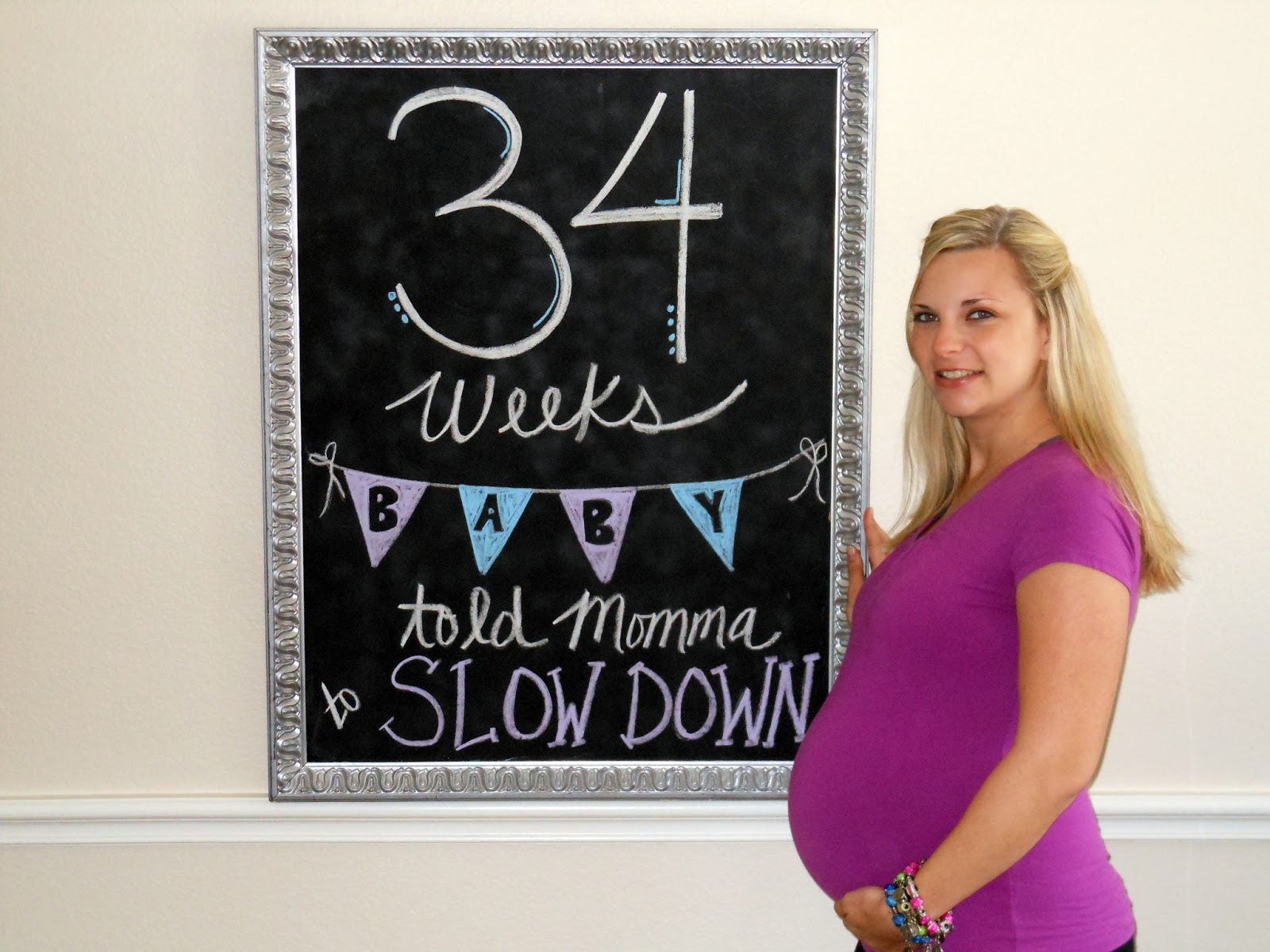 34 weeks pregnant picture