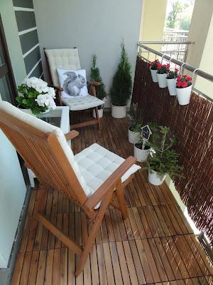 Tania podłoga na balkon