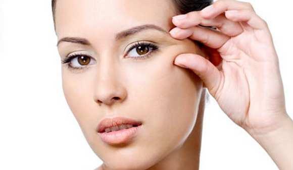 Cara Mengencangkan Kulit Wajah dan Menghilangkan Keriput