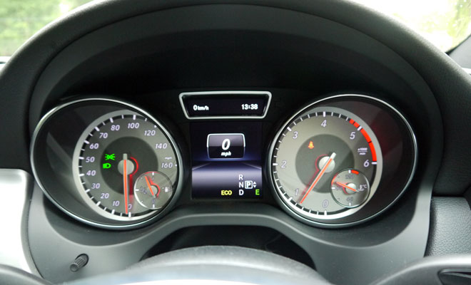 Mercedes CLA instruments