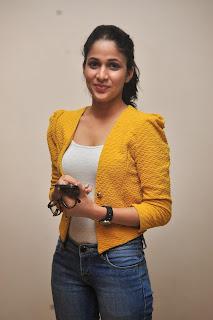Lavanya Tripathi glamorous Pictures 022
