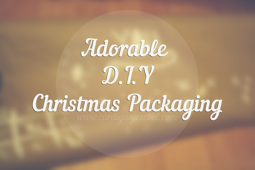 Adorable DIY Christmas wrapping paper Tutorial