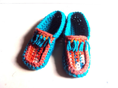 https://www.etsy.com/listing/238148997/boho-slippers-ethnic-moccassin-slippers?ref=shop_home_active_5