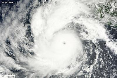 Foto Satellit hochauflösend Hurrikan JOVA vom 10. Oktober 2011 - JOVA HQ Satellite Image, Jova, Hurrikanfotos, Fotos Fotogalerie, major hurricane, Oktober, 2011, Hurrikansaison 2011, Mexiko, Manzanillo, Puerto Vallarta, Colima, Pazifik, Jalisco, Nayarit,