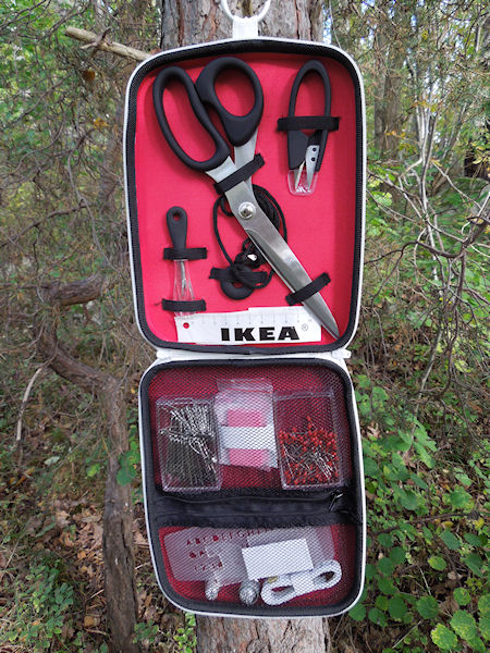 Squirrels do sew sewing kit from ikea preview of a for Meuble 6 cases ikea