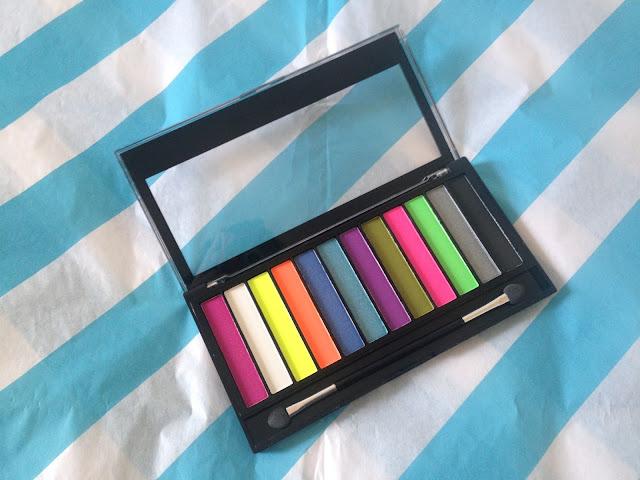 Bright palette