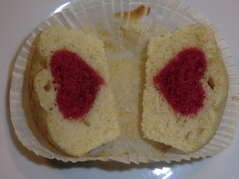 kage med hjerte indeni