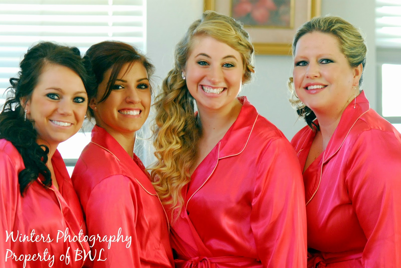 getting-ready-wedding, arizona-wedding, bridesmaids