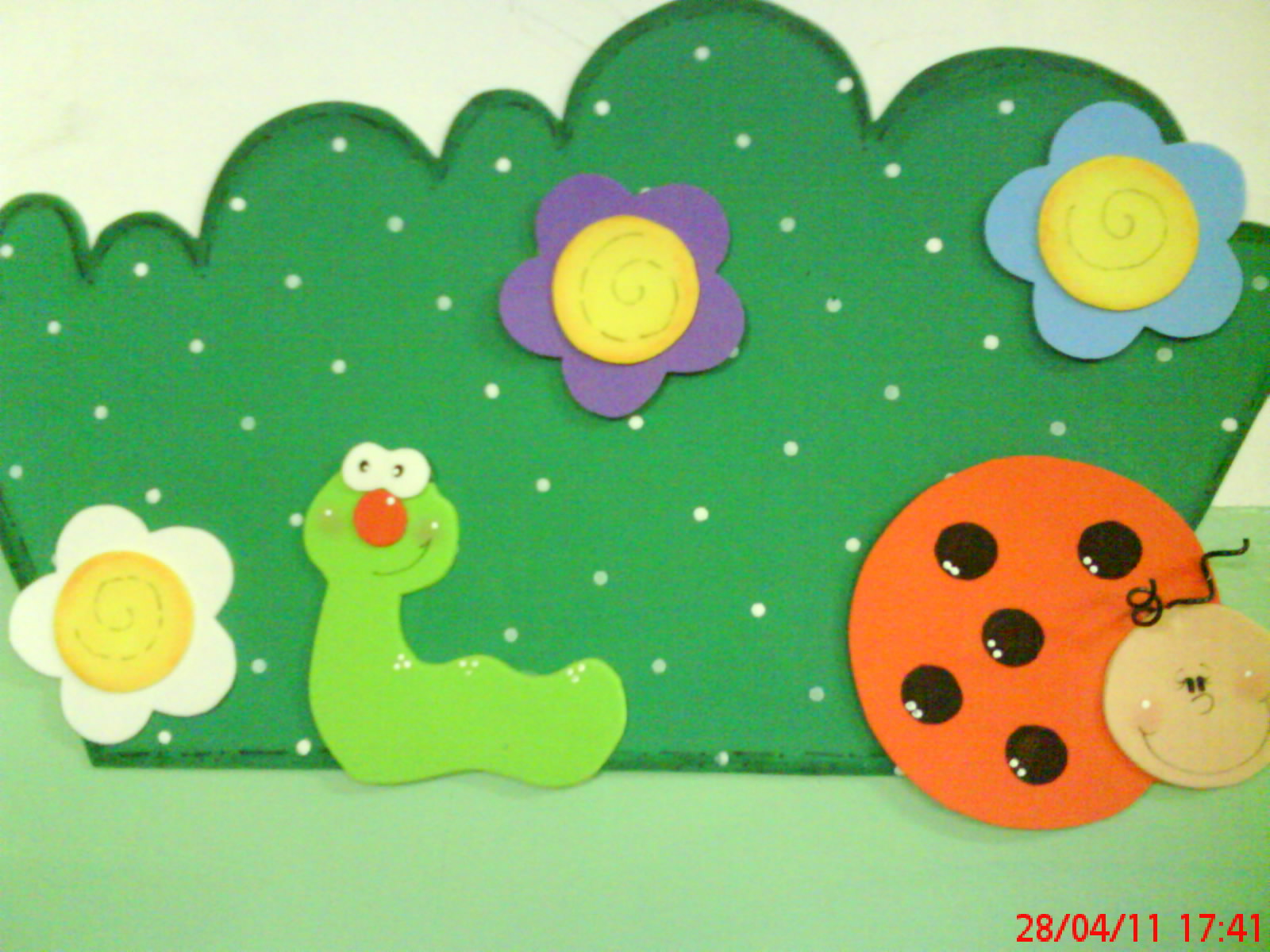 decoracao sala de aula jardim encantado: iris medeiros: Decoração da sala de aula 2011:bichinhos em e.v.a
