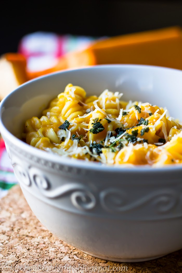 If you are looking for a delicious fall-inspired healthy, vegetarian dish, then butternut squash rotini might be the answer