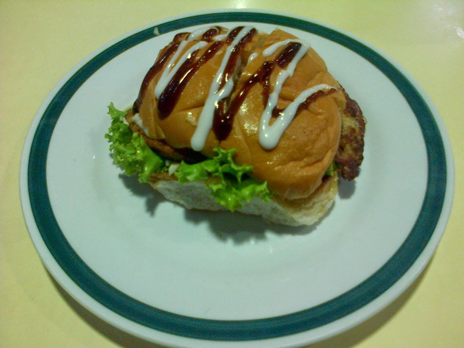 Aman Burger, astaka bukit gedung, western food, hidangan sedap