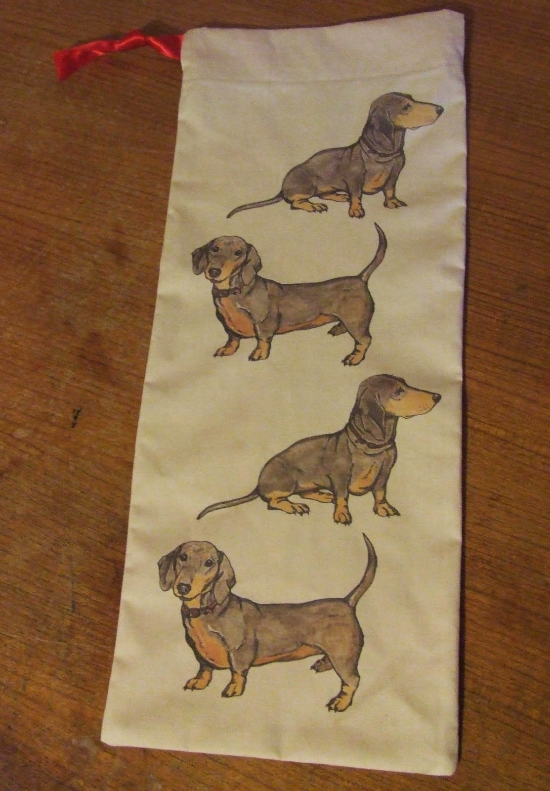 Dachshund drawstring bag