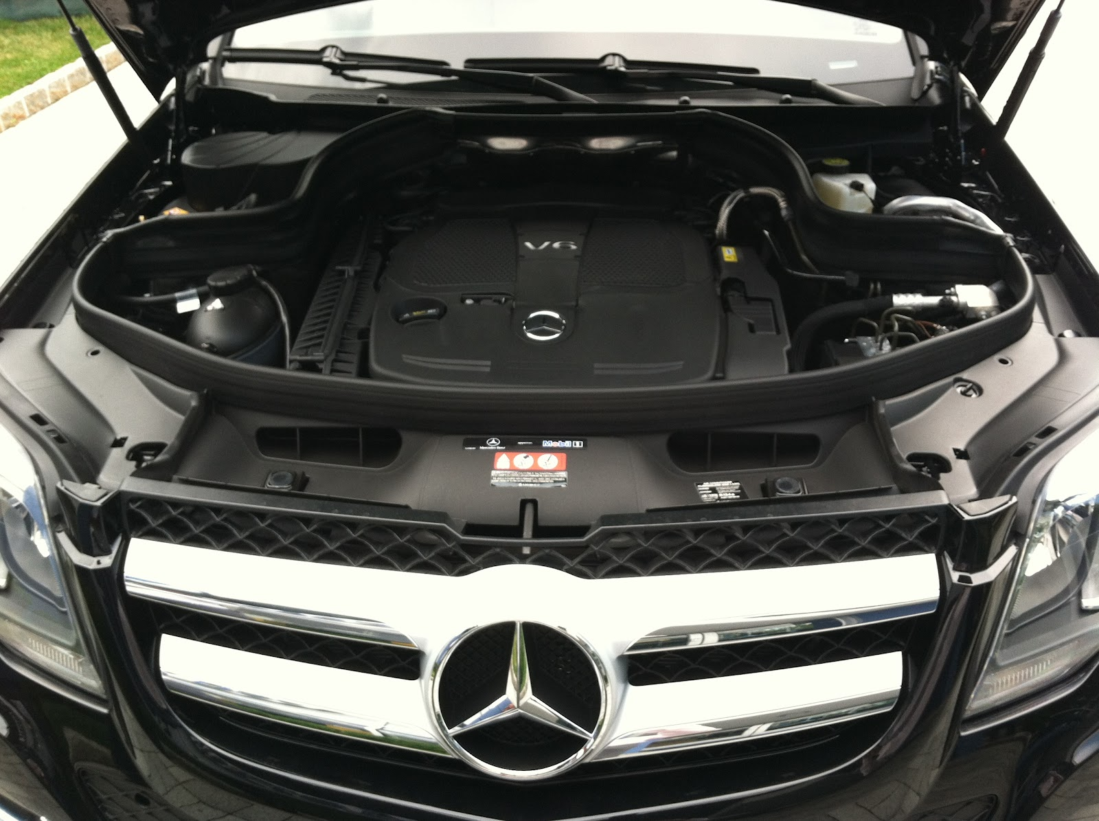 Mercedes benz of white plains the all new redesigned for Mercedes benz white plains service