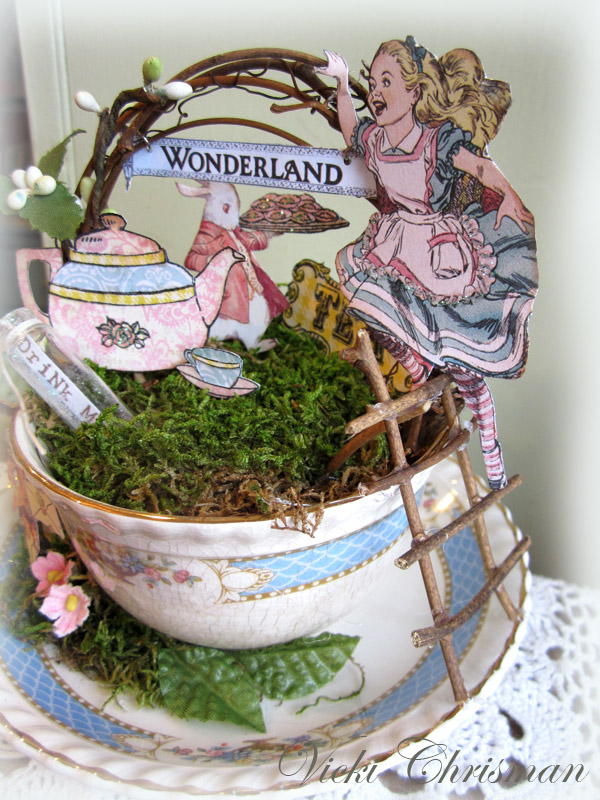 This art that makes me happy tea with alice Alice and wonderland art projects