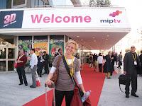 la photo devant le palais à Cannes, MIPTV 2012