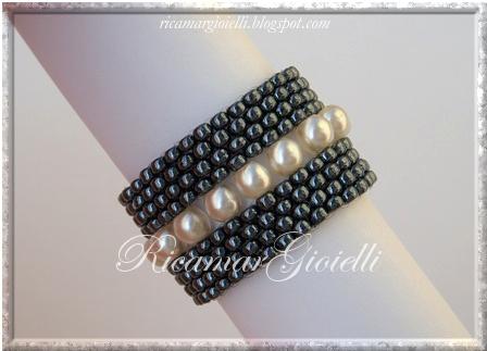 anello doppia fascia peyote e decorazioni con perle avorio