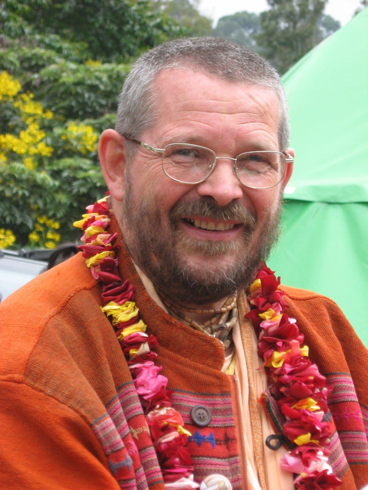 Srila Paramadvaiti Swami