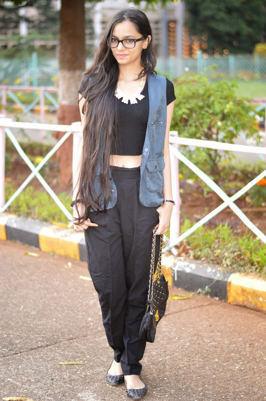 long hair, indian fashion blogger, how to wear a crop top, how to wear high waisted pants, asos high waist pants, how to wear a vest, mumbai streetstyle, colaba causeway street shopping, what to buy in mumbai, where to shop in mumbai, lenskart oversized glasses