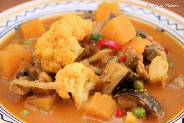 Wegetariańskie warzywne curry