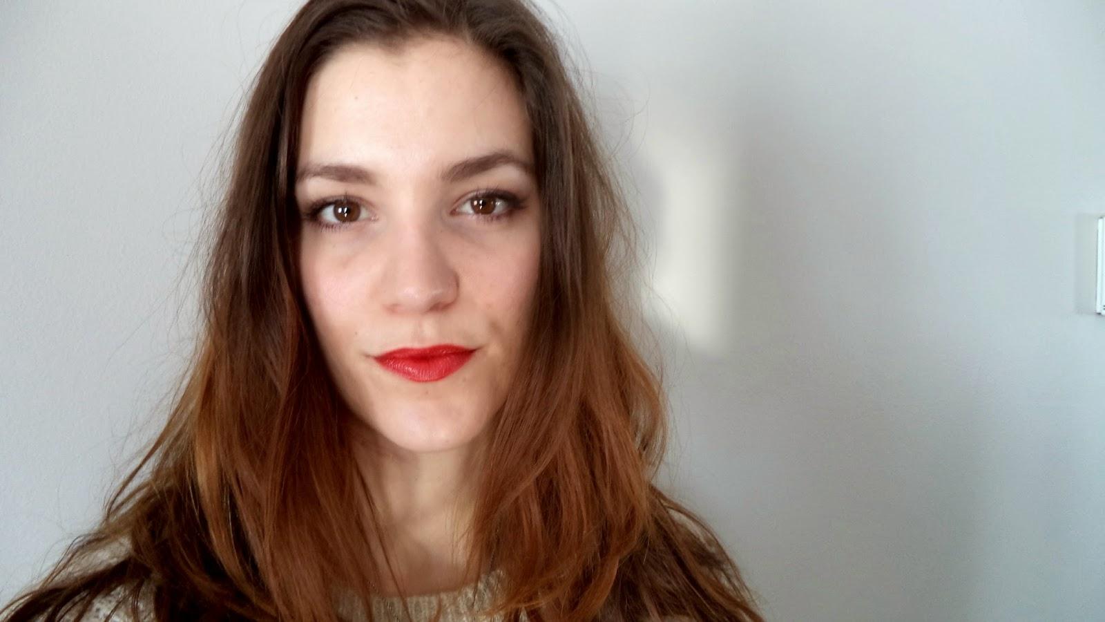 review revlon super lustrous lipsticks a hint of rose