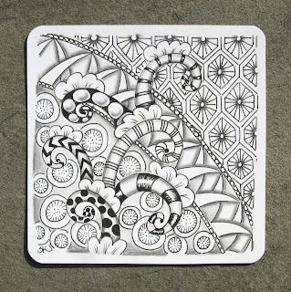 Sue 39 s tangle trips tangles from lara williams for Zentangle tile template