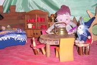 Waldorf Monatsfeier, Puppenspiel im Juni, Wollbilder, Wollzwerge, Zwergengeschichten, Zwergenhörbuch, Waldorfpädagogik