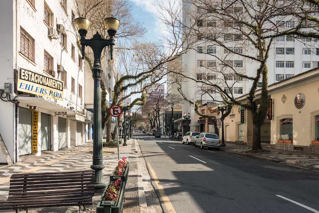 Rua Comendador Araújo em Curitiba