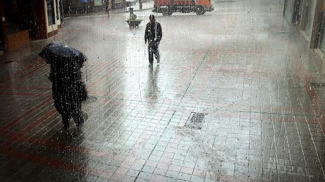Llueve tras los cristales machadianos, 2013 Abbé Nozal