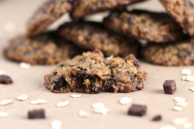 nutella chocolate chip oatmeal cookies