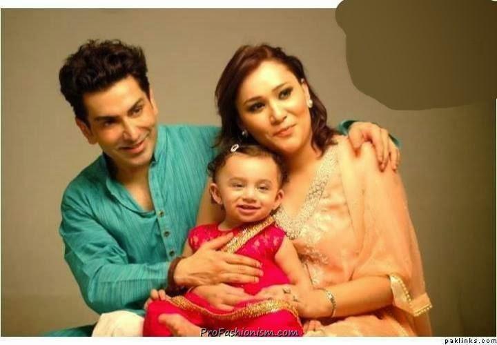 TV & Showbiz - Celebrity News, Gossip Photos | PakShowbiz