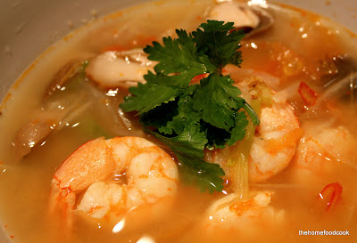 thehomefoodcook - tom yum goong