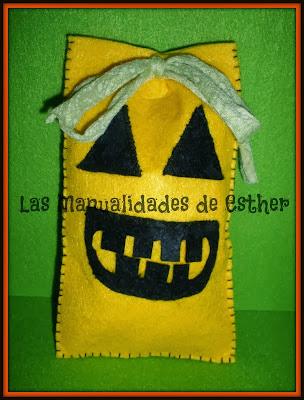 bolsa calabaza para caramelos hecha con fieltro