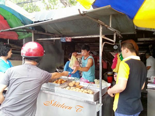 Fried Bananas & Fritters @ Weld Quay, Penang