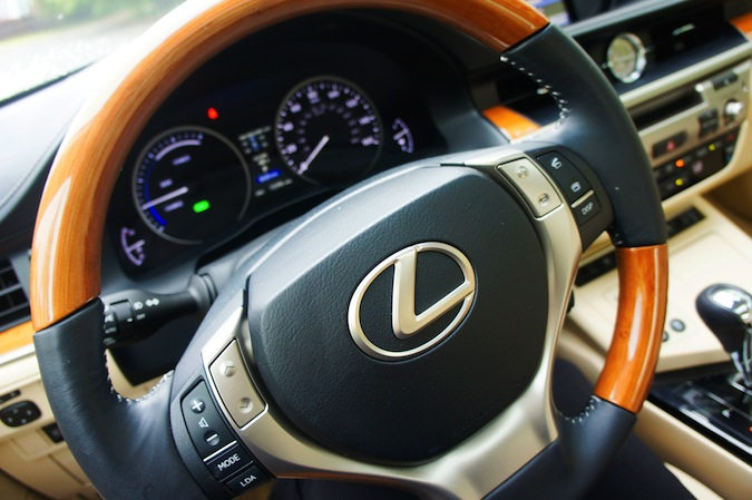 Lexus of Boston
