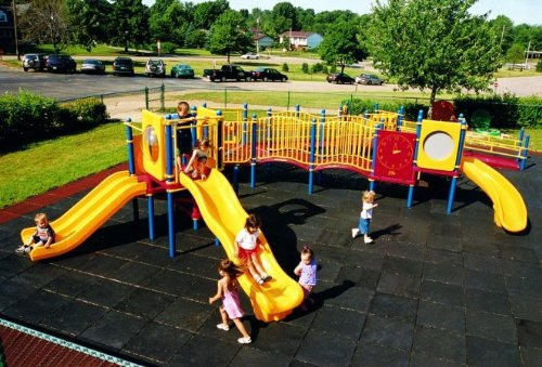 Playground for preschool-aged, Kidstuff Playsystems, Image