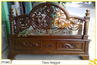 Tempat tidur kayu jati ukir jepara Tiara Anggur murah.Jakarta