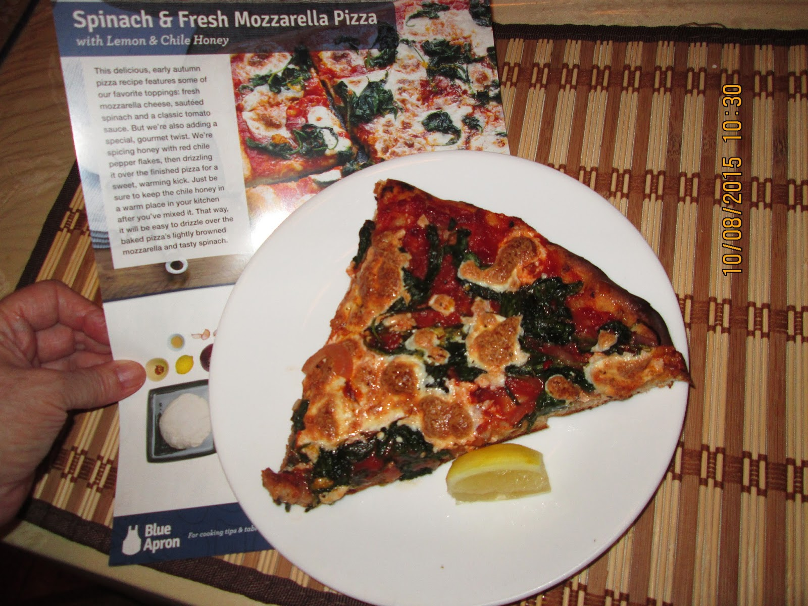 Blue apron spinach pizza - I Received My Blue Apron Box Last Thursday And Made This Scrumptious Pizza Here Is The Link To Their Site Spinach And Fresh Mozzarella Pizza With Lemon