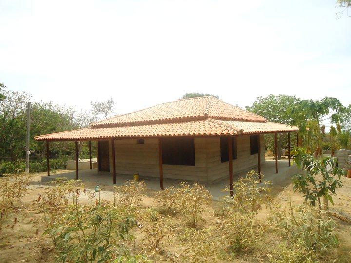 Techos kioskos techo de caba a tipo colonial con acabado for Techos de teja para terrazas