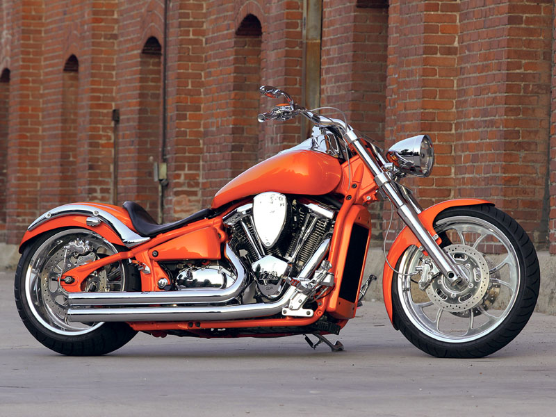 bikes id like to own 2008+Kawasaki+Vulcan+2000_a