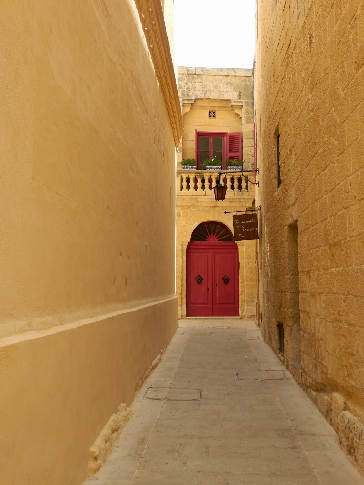 Narrow alleyways of Mdina Malta
