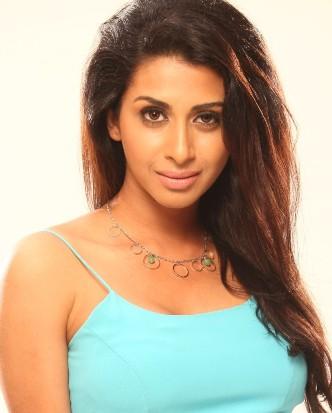 Indian Hot teen bikini model - Hottest ever bikini model from Bollywood