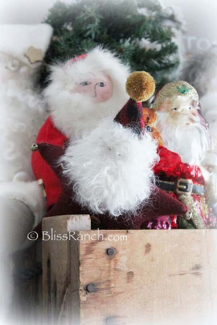 Santa Collector Display, Bliss-Ranch.com
