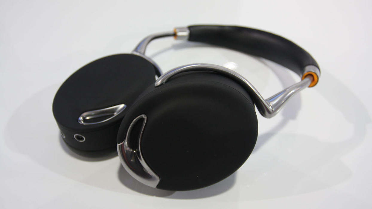 zik parrot headphones the collective loop. Black Bedroom Furniture Sets. Home Design Ideas