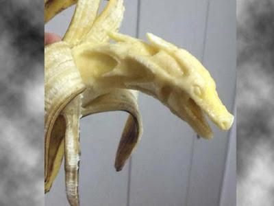 banana dragon carving